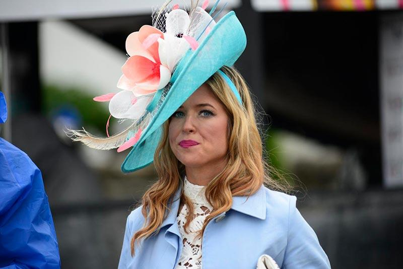 2017-derby-hat-cover