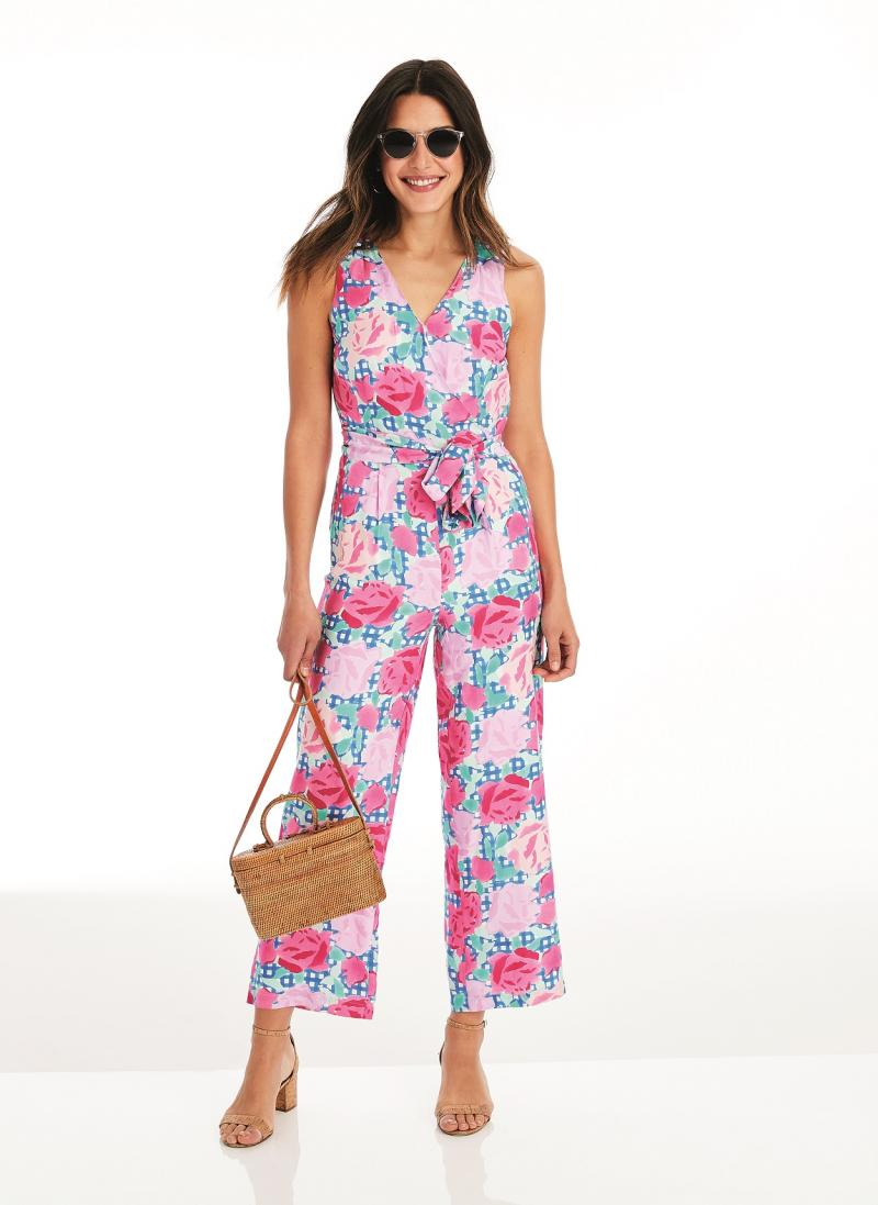 2019_vineyardvines_DerbyLine_RunfortheRoses_Sleevelessjumpsuit