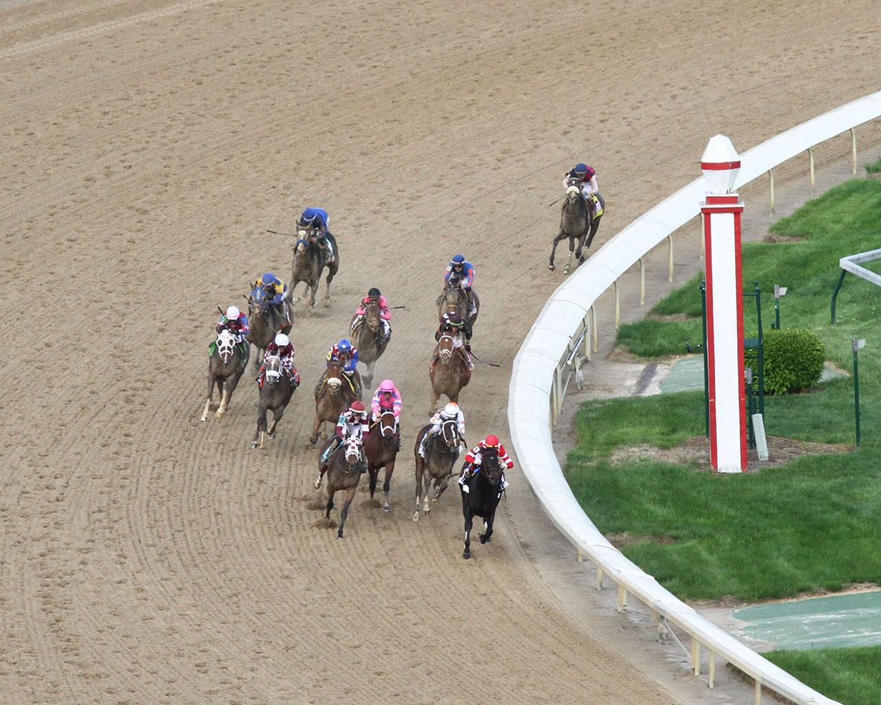 SERENGETI-EMPRESS---The-Longines-Kentucky-Oaks---145th-Running---05-03-19---R11---CD---Aerial-Turn-01