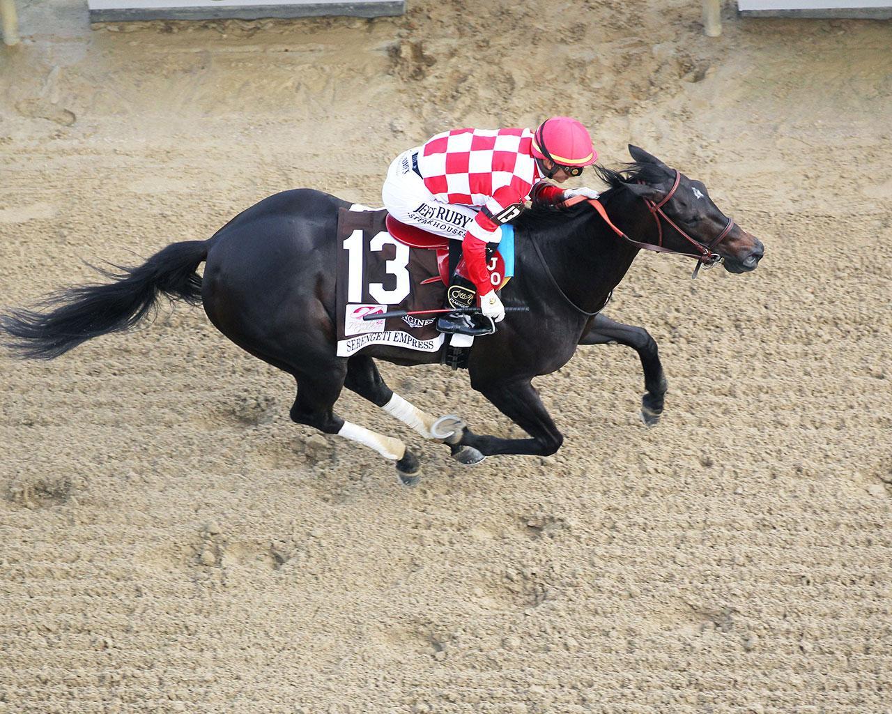 SERENGETI-EMPRESS---The-Longines-Kentucky-Oaks---145th-Running---05-03-19---R11---CD---Aerial-Finish-01