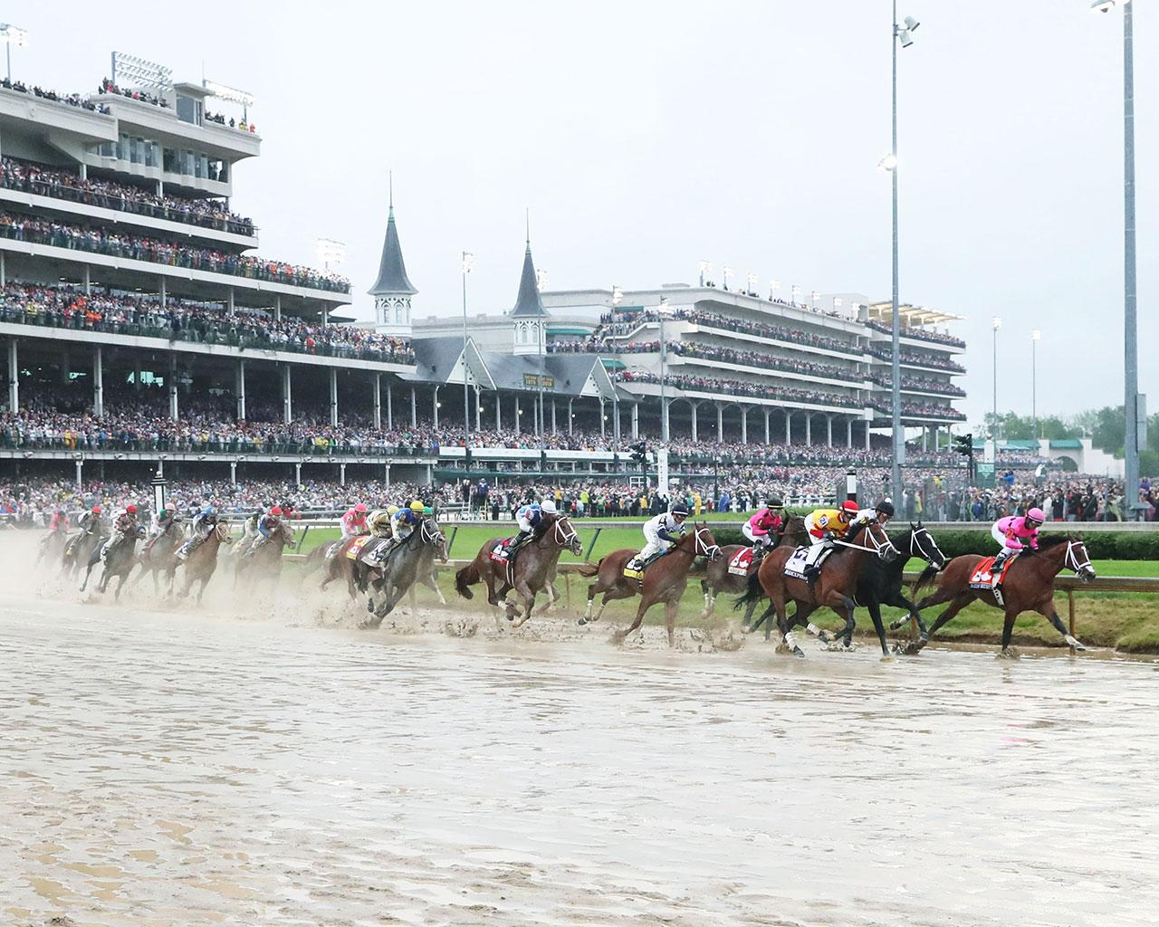 COUNTRY-HOUSE---The-Kentucky-Derby---145th-Running---05-04-19---R12---CD---Sweeping-Turn-01