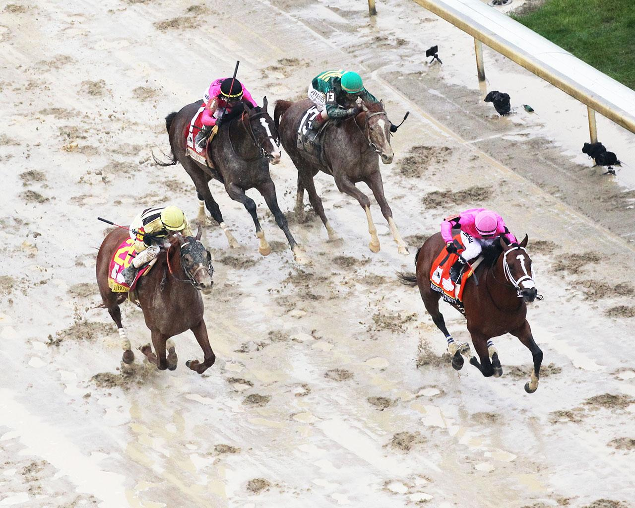 COUNTRY-HOUSE---The-Kentucky-Derby---145th-Running---05-04-19---R12---CD---Aerial-Finish-01