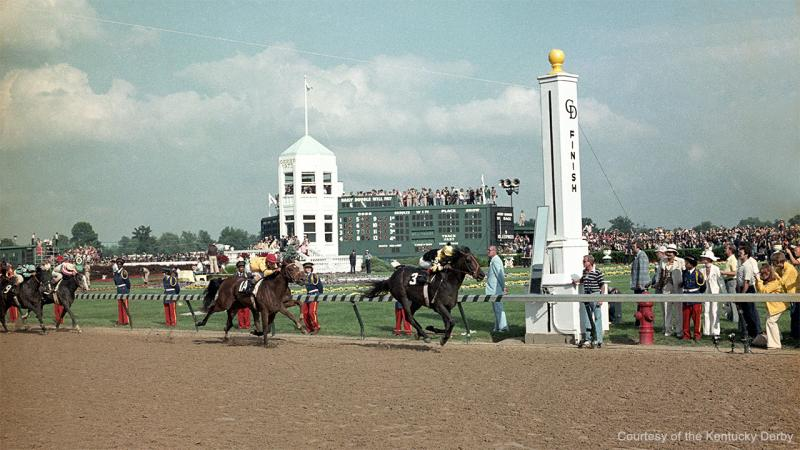SeattleSlewFinish-1977KentuckyDerby-CDKYD-1280px