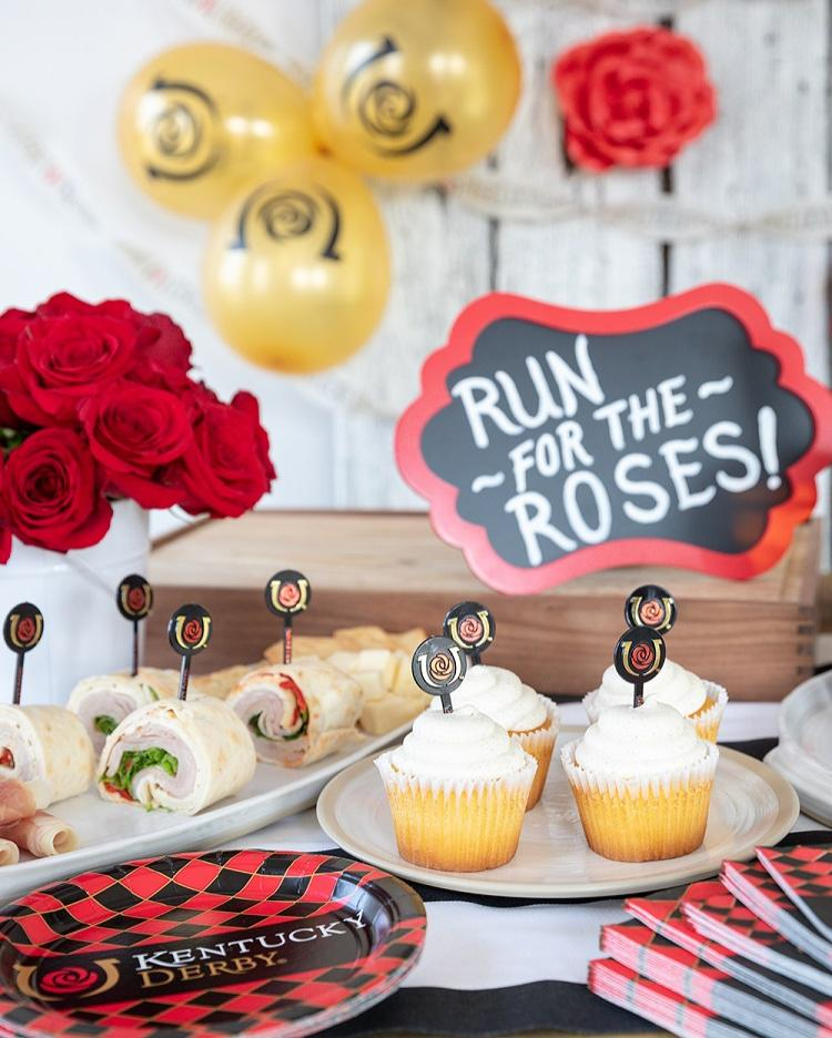 Run_For_The_Roses_Cupckaes