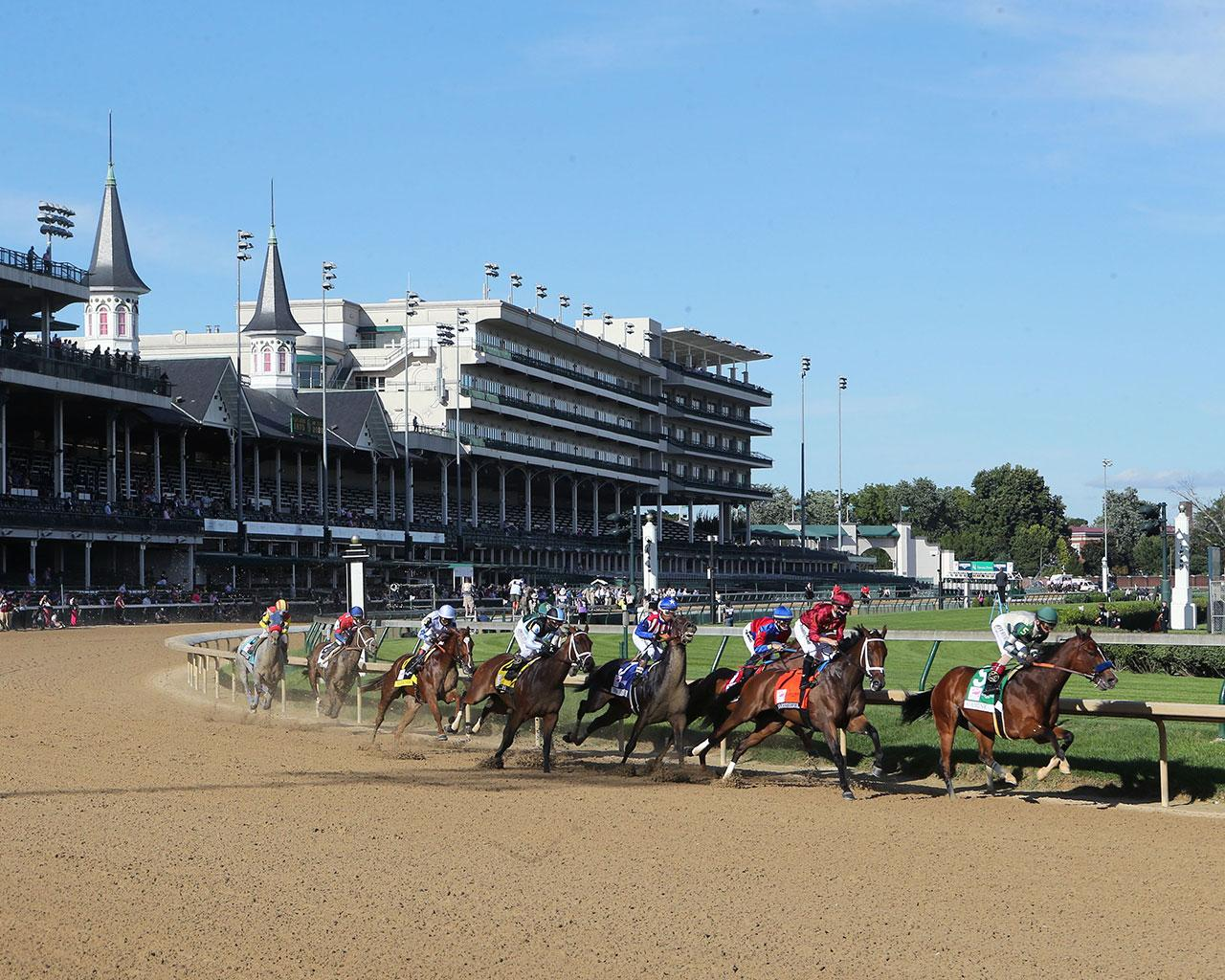 SHEDARESTHEDEVIL---The-Longines-Kentucky-Oaks---146th-Running---09-04-20---R12---CD---Sweeping-Turn-01