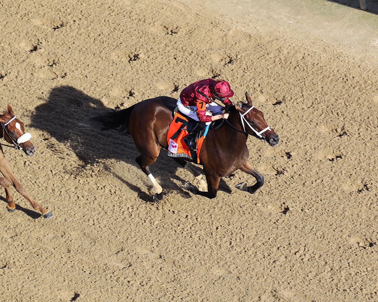 SHEDARESTHEDEVIL---The-Longines-Kentucky-Oaks---146th-Running---09-04-20---R12---CD---Aerial-Finish-01