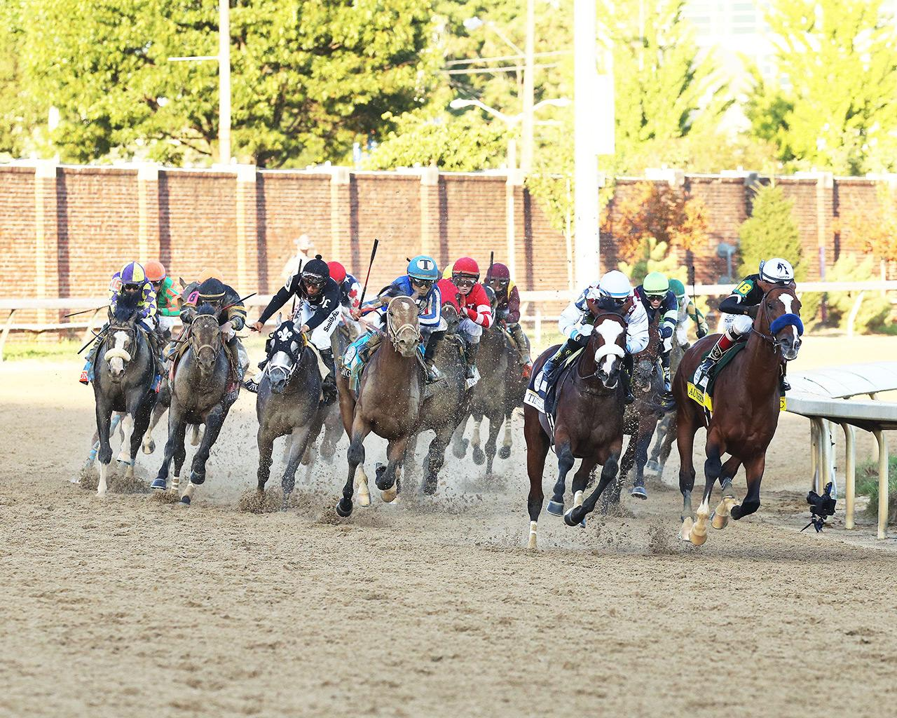AUTHENTIC---The-Kentucky-Derby---146th-Running---09-05-20---R14---CD---Turn-01