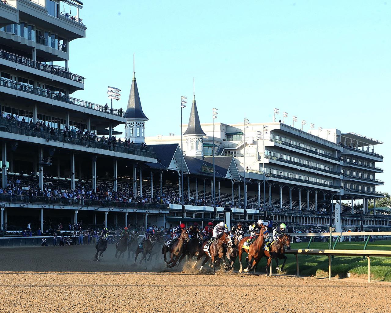 AUTHENTIC---The-Kentucky-Derby---146th-Running---09-05-20---R14---CD---Sweeping-Turn-01