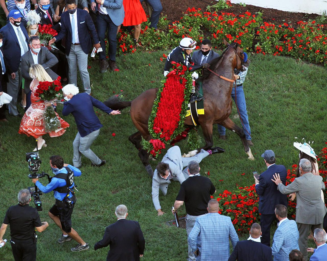 AUTHENTIC---The-Kentucky-Derby---146th-Running---09-05-20---R14---CD---Shakeup-01