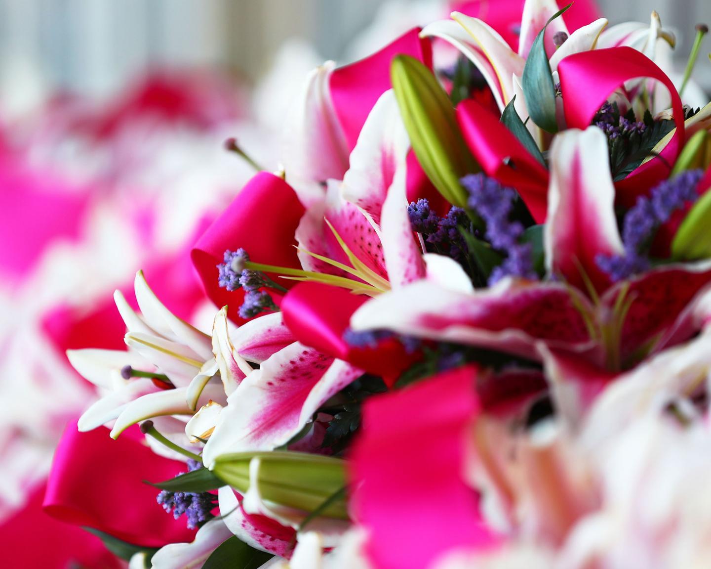 Scenics----Oaks-Day---CD---Lillies---043021---002