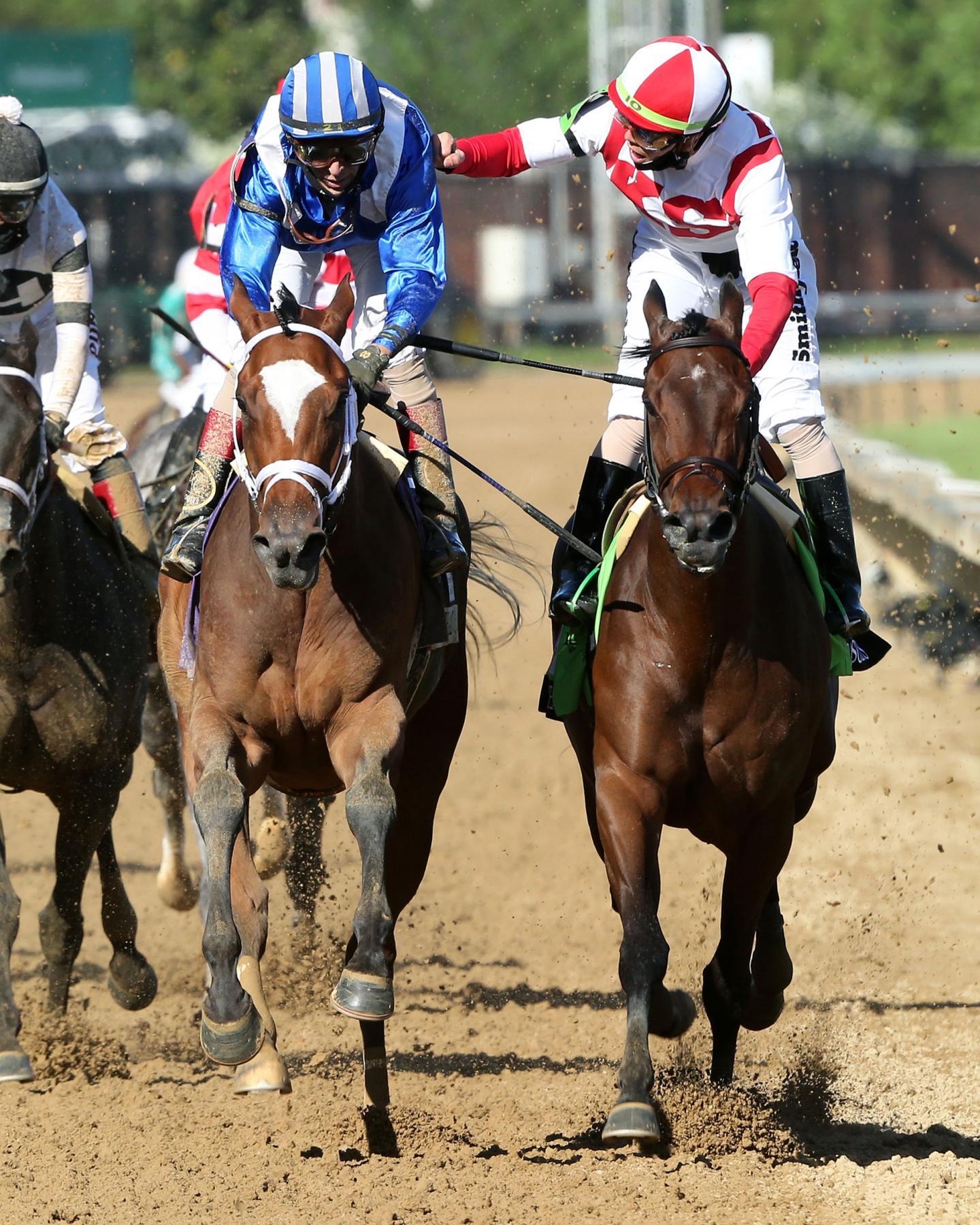 MALATHAAT---The-Kentucky-Oaks-G1---147th-Running---04-30-21---R11---CD---Celebration-05