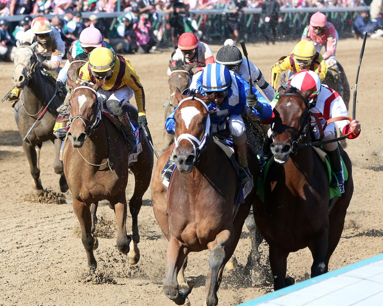 MALATHAAT---The-Kentucky-Oaks-G1---147th-Running---04-30-21---R11---CD---Inside-Finish-03