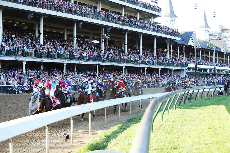 MEDINA-SPIRIT---The-Kentucky-Derby-G1---147th-Running---05-01-21---R12---CD---Inside-First-Turn-01