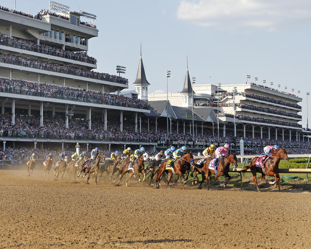 Kentucky Derby field entering first turn