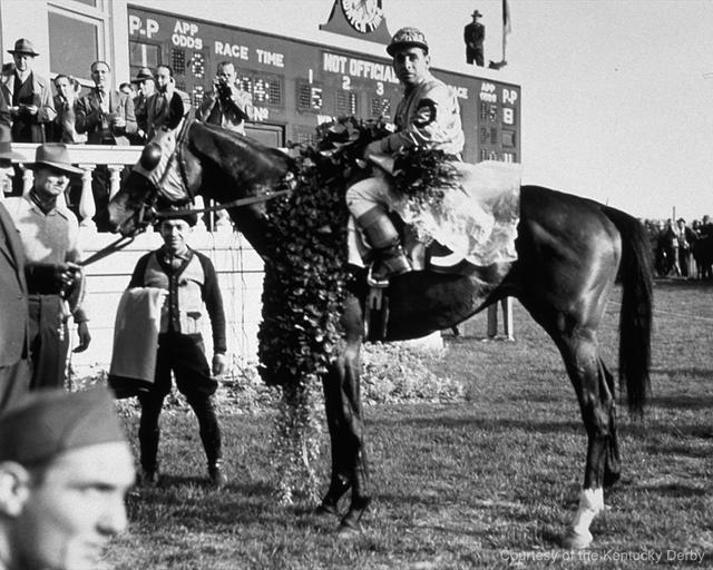 Count Fleet and Johnny Longden win the 1943 Kentucky Derby (Kentucky Derby Photo)