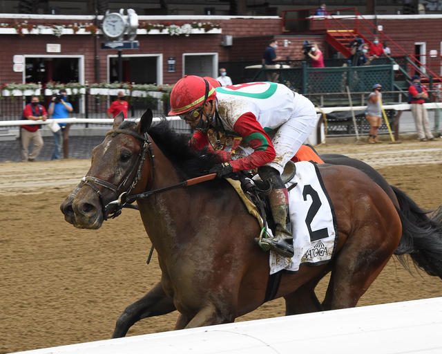 Country Grammer wins the Peter Pan (G3) (Coglianese Photo/Chelsea Durand)