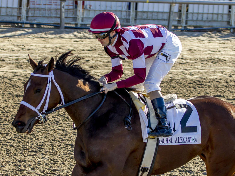Farrell keeps rolling to top of Oaks leaderboard in Rachel Alexandra