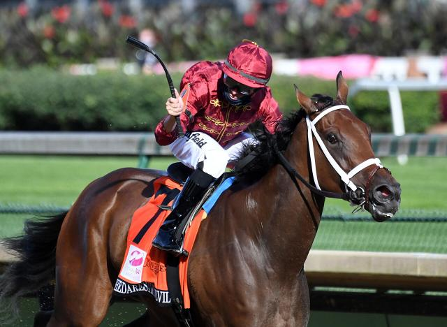 Shedaresthesdevil wins Kentucky Oaks