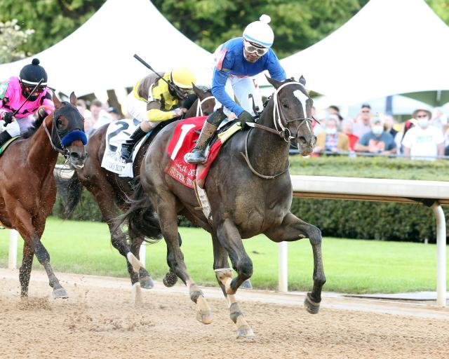 Super Stocks wins the Arkansas Derby (G1) at Oaklawn Park (photo by Coady)