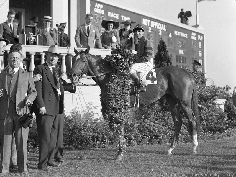 Whirlaway in the winner's circle at Kentucky Derby 1941