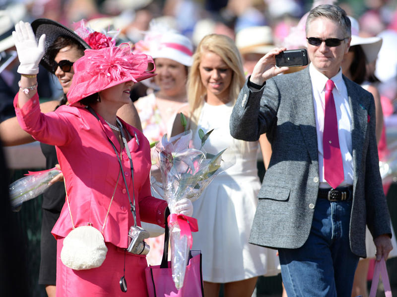 Nominations Open for 2016 Kentucky Oaks Survivors Parade Presented by Kroger