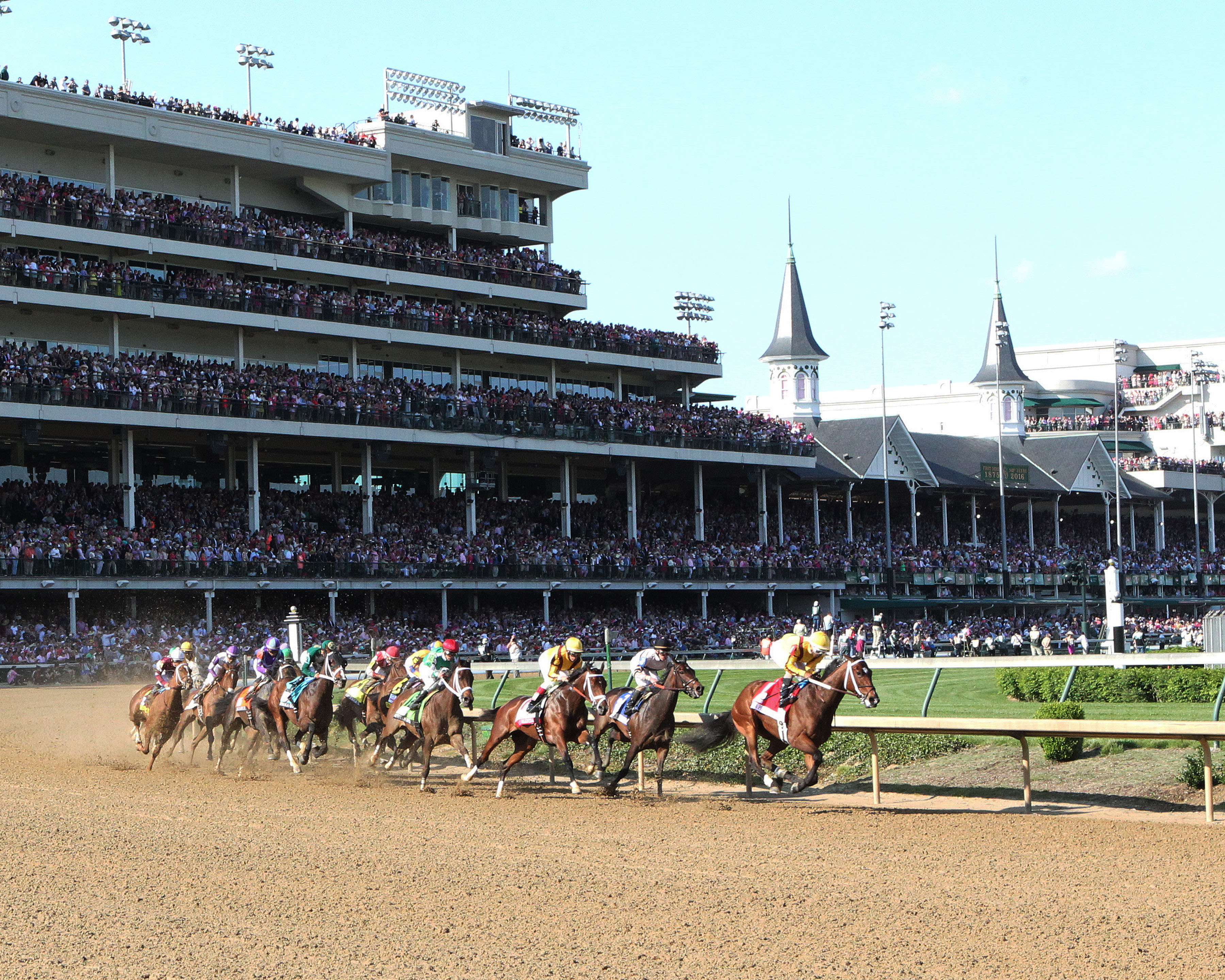 Kentucky Oaks Stakes Undercard Finest City Tops La